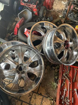 22 inch rims only for Sale in Calumet City, IL