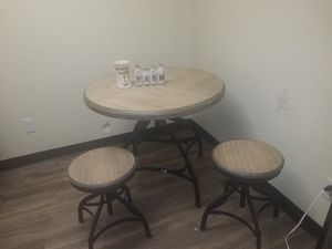 Nice kitchen table for Sale in Tulsa, OK