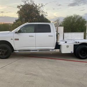 2012 Dodge Ram 3500 flatbed dually for Sale in San Antonio, TX