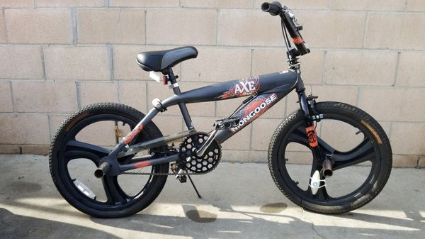 "20"" Mongoose Axe freestyle BMX bike"