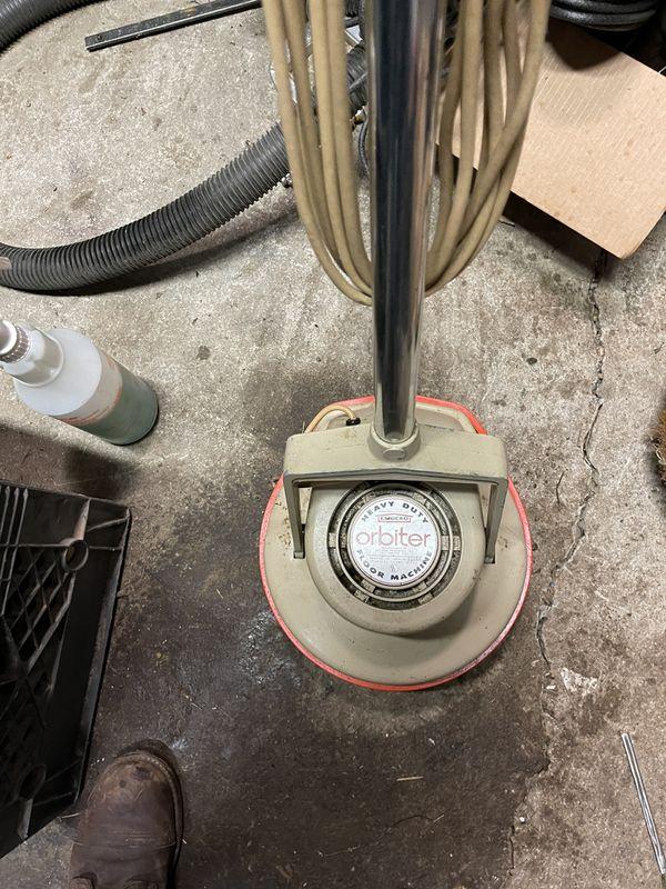 Orbiter Floor Polishing/cleaning Machine