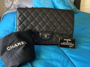 Chanel classic flap bag purse for Sale in Phoenix, AZ