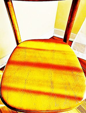 Wooden Shelby Williams Industries MCM chairs (4) with leather seat cushion. for Sale in Macomb, MI