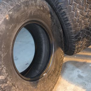 32x11.50R15LT for Sale in Fresno, CA
