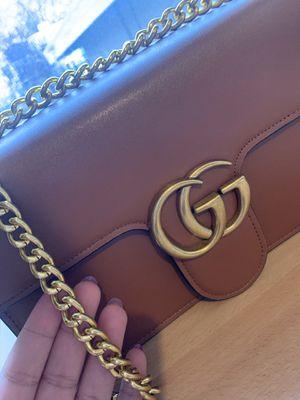 Gucci GG Marmont Crossbody Bag for Sale in Vallejo, CA