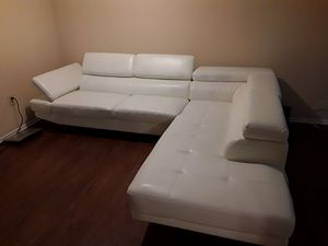 Left Handed Sectional White Leather Living Room Couch Set With Ottoman! Asking Price is $1,000 for Sale in Washington, DC