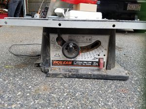 Skilsaw 10 inch table saw for Sale in Framingham, MA