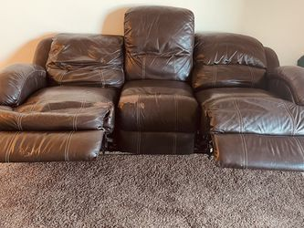 Electrical Recliner Leather Couch For 80$ Was 1600$ for Sale in Northborough,  MA