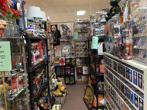 Comic books toys Batman horror funko sports memorabilia collectibles for Sale in Cedar Park, TX