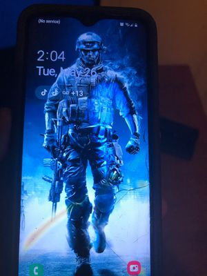 Have phone works perfecty has a crack tho saleing for 55 it's a Samsung a10e for Sale in Allen Park, MI
