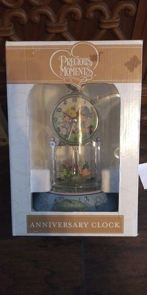 Precious Moments anniversary clock for Sale in Hudson, FL
