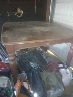 Table With 4 Chairs for Sale in Fresno,  CA
