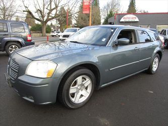 2006 Dodge Magnum for Sale in Milwaukie,  OR