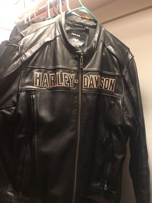 Harley Men's 2X Leather jacket for Sale in Elgin, IL