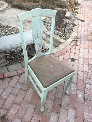 Antique chair for Sale in Modesto, CA