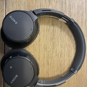 Sony noise Canceling Headphones for Sale in Waco, TX
