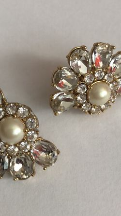 Betsy Johnson Stud Earrings for Sale in Fairfax,  VA