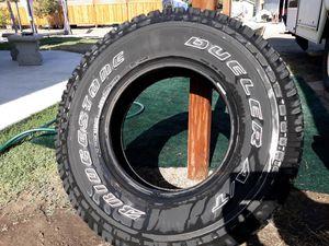 Bridgestone Dueler AT for Sale in Visalia, CA