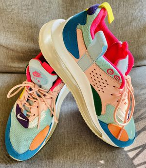 Women's Nike 720 for Sale in Chattanooga, TN