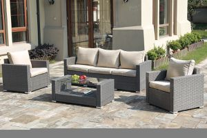 4Pc Outdoor patio furniture for Sale in Fresno, CA
