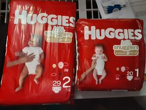 HUGGIES SIZE 2 AND 1 for Sale in Mesquite, TX