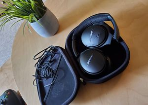 Bose QuietComfort II. Please click on 🌟🌟🌟🌟🌟 for more offers. follow me. Thank you for Sale in San Leandro, CA