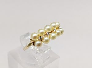 14k gold ring, pearls and diamonds for Sale in Tampa, FL