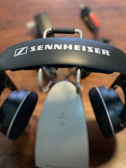 Sennheiser TR 120 Wireless RF Headphones With Charging Cradle for Sale in Los Gatos,  CA