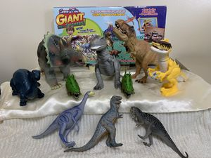 Set of 10 Dinosaurus and Scene & Play Giant Wall stickers for Sale in Des Plaines, IL
