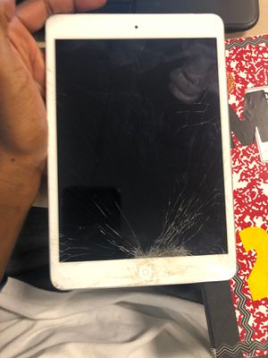 Apple iPad mini for Sale in Oak Park, MI
