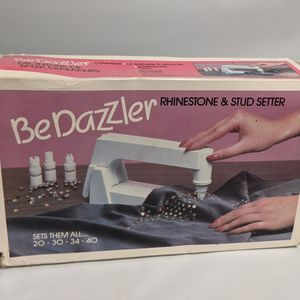 Vintage 90s BeDazzler - Rhinestone & Stud Setter Open Box for Sale in Camp Pendleton North, CA