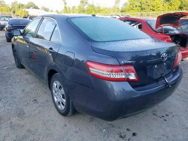 2011 TOYOTA CAMRY BASE 2.5L Parts only. U pull it yard cash only.