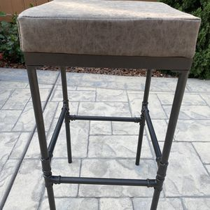 "29"" Powell Square Upholstered Barstool with Pipe Fitting Base Distressed Brown - Silverwood for Sale in Portland, OR"