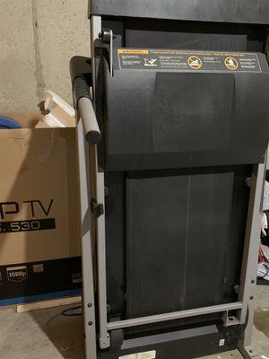 Pro Form Crosswalk 395CW Treadmill for Sale in University City, MO