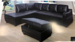 Black leather sectional couch brand new in packaging for Sale in Everett, WA