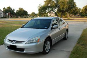 Amazing 2004 Honda Acord excellent for Sale in Los Angeles, CA