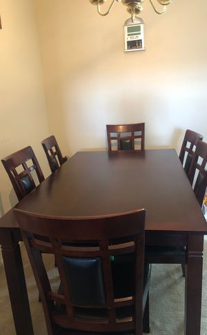 7 piece dining table for Sale in Sterling, VA