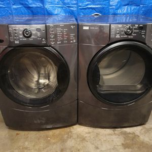 Kenmore Washer And Electric Dryer Set Good Working Conditions Set For $399 for Sale in Wheat Ridge, CO