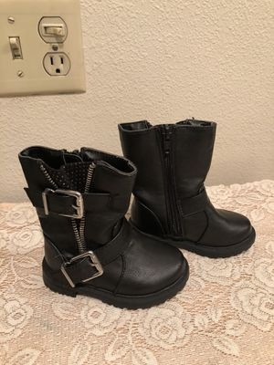 Cherokee black boots sz toddlers sz 5 for Sale in Camarillo, CA