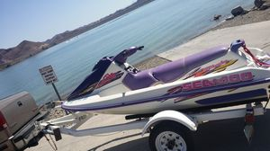 Jetski 98 seadoo top end just done just need carb clean for Sale in Yuma, AZ