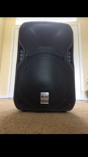 Professional Bluetooth Speaker 800 Watts for Sale in Valrico, FL