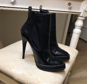 Zara Leather Boots - Size 40 for Sale in Miami, FL