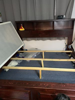 King size wooden bed frame for Sale in Los Angeles, CA