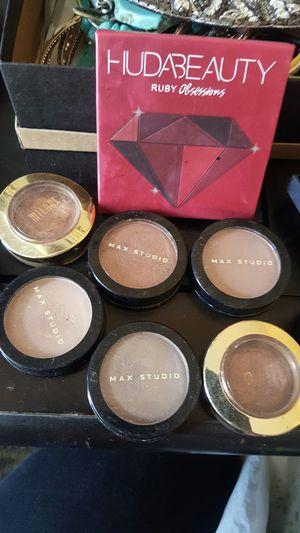 eyeshadow or lip gloss for Sale in Norwalk, CA