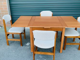 Beautiful Benny Linden Mid Century Danish Modern Extendable Dining Table Set for Sale in Mukilteo,  WA