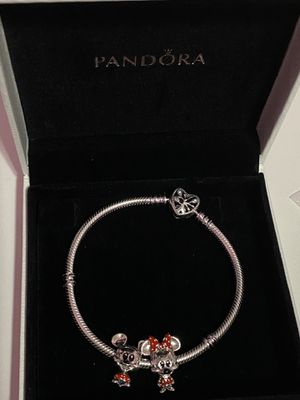 Pandora Bracalet and charms for Sale in Hialeah, FL