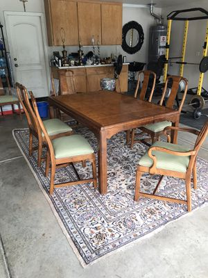 Beautiful vintage dinning table with 6 chairs all for $200 (NO LEAF!) for Sale in Modesto, CA