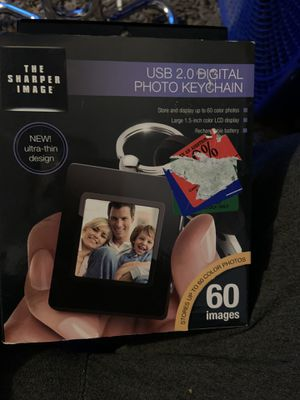 USB 2.0 digital photo keychain new in box never used for Sale in Fall River, MA