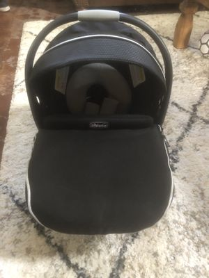 Infant car seat for Sale in Peoria, AZ