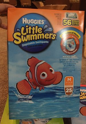 Huggies little swimmers large box with bonus wipes for Sale in Willingboro, NJ